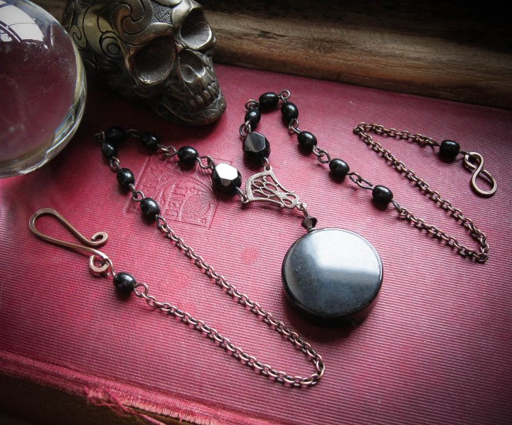 The Scrying Mirror Neckalce at Feralstrumpet.co.uk